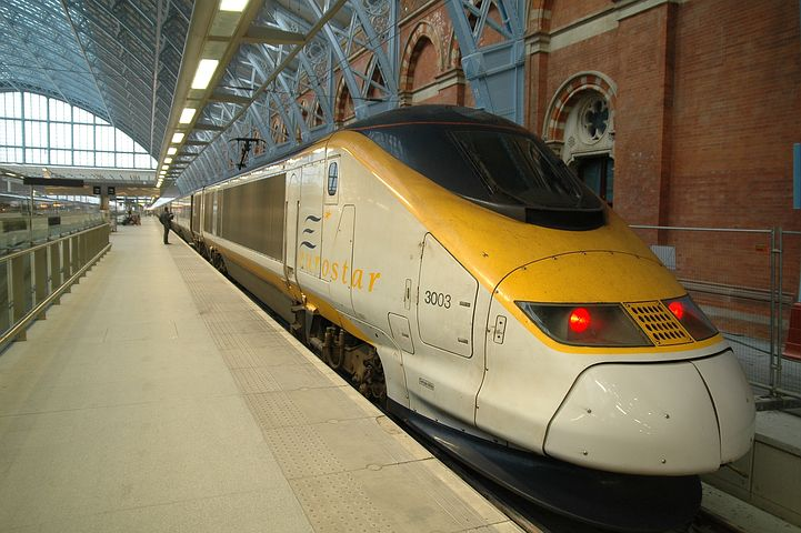 eurostar - ski train to the alps