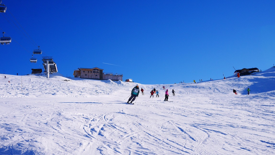 16ecda8fc8b9b Spring skiing just calls for a little pre-planning. We recommend taking to  South facing runs such as Jerusalem in the morning and switching to the  North ...