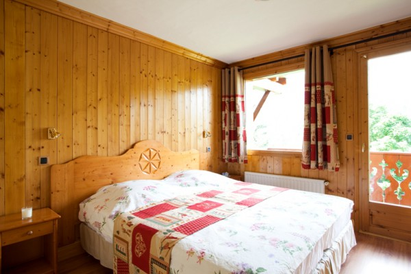 Double room in Meribel Centre Chalet