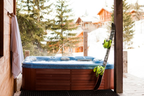 Snowboard with Hot Tub