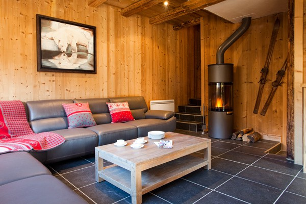 Chalets in Meribel Centre with Alpine Action