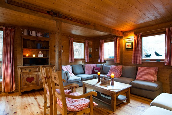 Living Space in La Tania Chalet