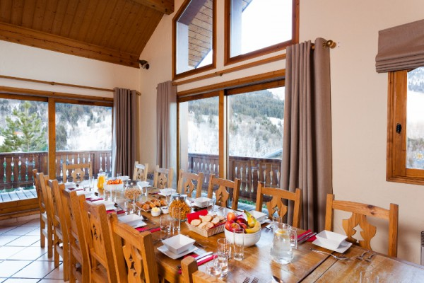 Chalets in Meribel with Alpine Action