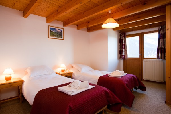 Meribel Chalet Rosalie Twin Room