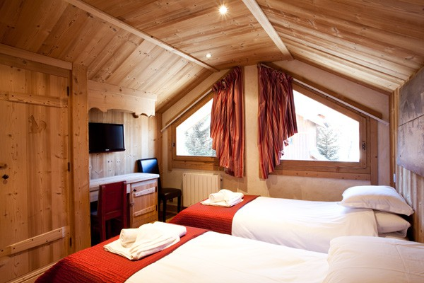 Meirbel Chalet with all en-suite rooms
